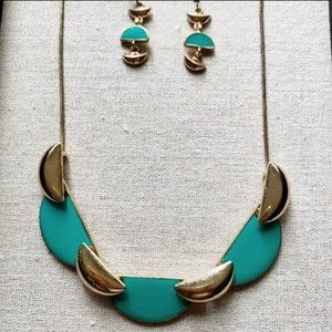 🎀3/$10, 5/$15🎀Teal & Gold Necklace & Earring Set
